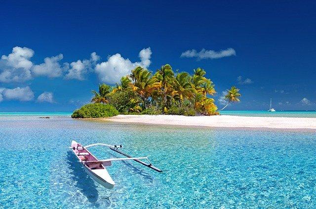 tengerparti nyaralás repülővel